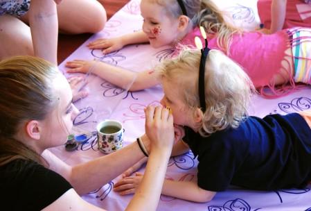 Lilla-Millan Juhlat tarjoaa kasvomaalausta ja synttäri-iloa!
